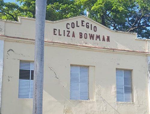 Colegio Elisa Bowman en Cienfuegos